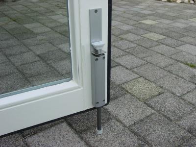 Deurvastzetter-ZE-14-openslaande-deur.jpg