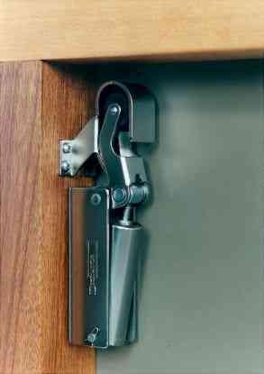 Een deuropvanger voor uw schuifdeursysteem – Dictator 1100